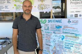 Óscar Esparza: «Nuestro principal reto como sociedad es llevar a cabo una gestión eficaz del mar»