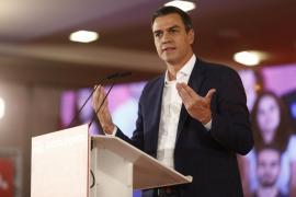 Sánchez se compromete a no subir impuestos «a la clase media y trabajadora»