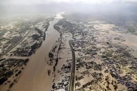 Al menos 23 muertos por el paso del tifón 'Hagibis' por Japón