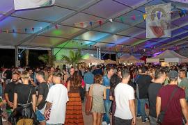 Más de 6.500 personas disfrutan de la feria de la cerveza