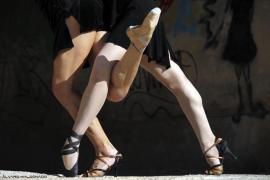 Pasodos baila 'Tango Women', sobre la problemática de la mujer hoy en día, en Alcúdia