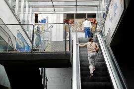 Escaleras mecánicas de la Plaça Major
