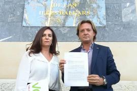 Jorge Campos y Manuela Cañadas han celebrado la denuncia ante la Fiscalía