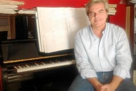 Rafael Cavestany presenta 30 variaciones de una misma pieza de origen ruso