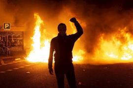 Las protestas en Cataluña de este miércoles se saldan con 33 detenidos y 46 agentes heridos