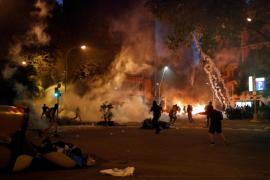 Continúa la violencia en Barcelona