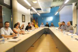 Sant Antoni pide al Govern que consensúe con el Ayuntamiento la ley para regular el 'todo incluido'
