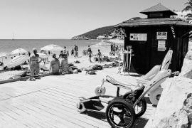 El servicio de baño adaptado de Santa Eulària atiende a 400 personas esta temporada