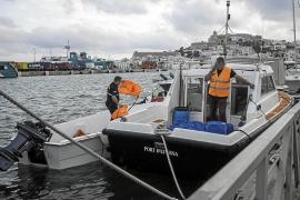 Rescatadas ocho personas en una patera en Formentera