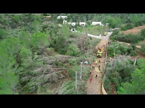 Un dron graba la devastación en Sant Antoni tras el tornado