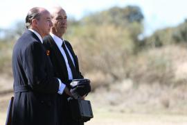 Los restos de Franco llegan a cementerio El Pardo para su entierro
