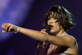 LOS ANGELES. MUSICA. La cantante Whitney Houston fallece a los 48 años en el Hotel de Los Angeles