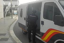 Prisión sin fianza para los cuatro detenidos por apalizar a otro hombre en Ibiza