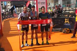 Oramika y Alberdi, campeones de España de triatlón de media distancia en Ibiza