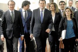El Gobierno limitará a 2.500 euros el pago en efectivo a los profesionales