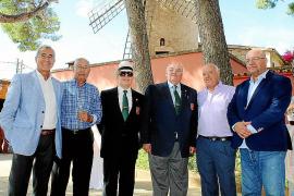 Comida de homenaje a veteranos de la Guardia Civil