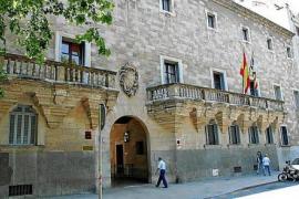 Dos años de cárcel por falsificar cheques de su jefe y robar 2.350 €