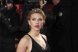 Scarlett Johansson habla por  primera vez de su relación con Sean Penn