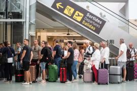Un total de 70.272 viajeros pasarán por el aeropuerto de Ibiza este puente de Todos los Santos
