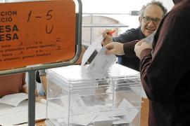 Los partidos son prudentes ante las encuestas y apelan a la movilización