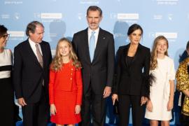 El rey Felipe VI y la Familia Real en los premios Princesa de Girona en Barcelona
