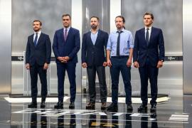 Casado, Rivera e Iglesias acorralan a Sánchez para que aclare con quien pactará tras las elecciones