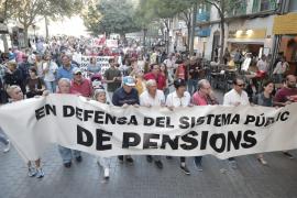 Protesta de los pensionistas para exigir una retribución digna