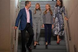 Rey Felipe VI; la Infanta Sofía; la Princesa Leonor; y la Reina Letizia