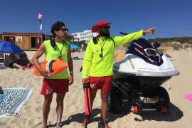 La temporada en las playas de Formentera se cierra con 2.723 asistencias y una muerte
