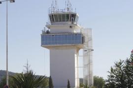 Aena saca a concurso la gestión de la torre de control del aeropuerto de Ibiza