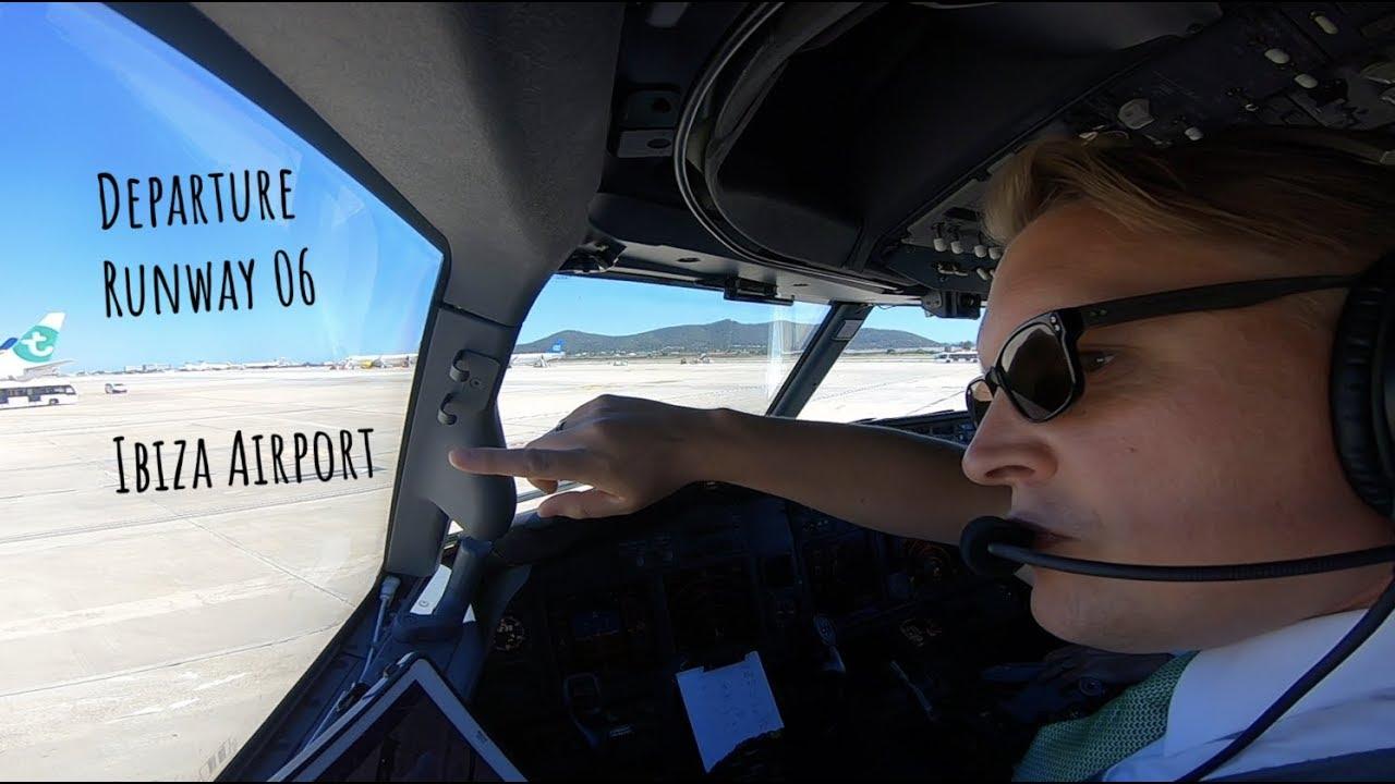 Un piloto muestra la isla de Ibiza desde el aire