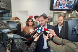 Ábalos garantiza un «gobierno progresista» y rechaza unas terceras elecciones
