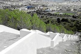 Vila quiere paralizar durante un año las licencias de construcción en Cas Mut y Eivissa Nova