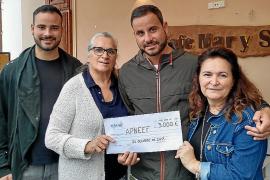 Café Mar y Sol dona 3.000 euros a APNEEF