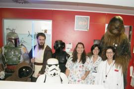 La 'fuerza' de Star Wars acompaña a los niños ingresados en Can Misses