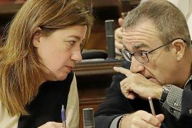 Més cuestiona que el Ejecutivo ceda y retrase la prohibición del diésel