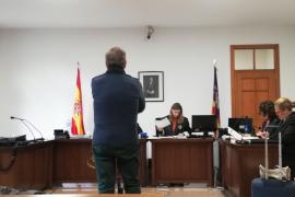 Condenado por humillar a su exmujer en Facebook y Youtube
