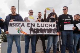Policías y funcionarios de prisiones suman fuerzas en protesta por el impago de la productividad