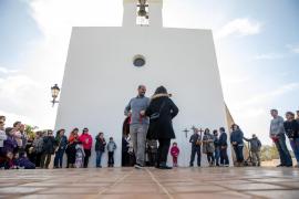 Sant Agustí disfruta orgulloso de los dos siglos de historia de su iglesia
