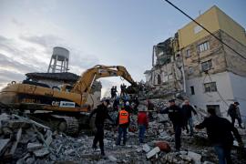 Al menos seis muertos en el peor terremoto registrado en Albania en las últimas décadas