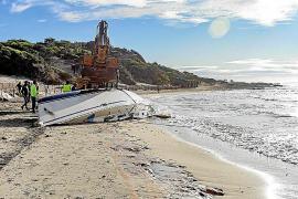 Amics de la Terra insiste en la necesidad de mejorar los protocolos de retirada de barcos