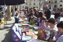 Mallorca se vuelca con el Día del Libro