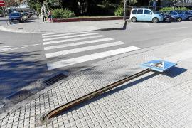Un paso de peatones importante pero sin señalización vertical