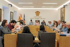 Aprobados los presupuestos con la abstención del PSOE y el voto en contra de Podemos