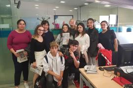 Los alumnos de IES Sa Serra visitan Grupo Prensa Pitiusa