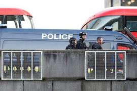 Un atentado en el Puente de Londres deja dos muertos y al menos tres heridos