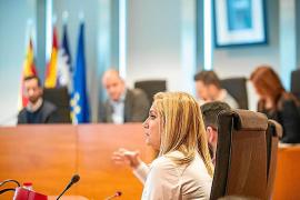 Marta Díaz seguirá cobrando 33.310 euros anuales hasta que el pleno del Consell d'Eivissa apruebe su nuevo salario