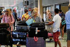 Las Pitiusas pierden 28.600 turistas en los diez primeros meses del año