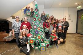 Ganchillo en Puig d'en Valls para celebrar las fiestas de Navidad