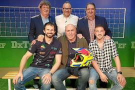 Jornada de fútbol y motor